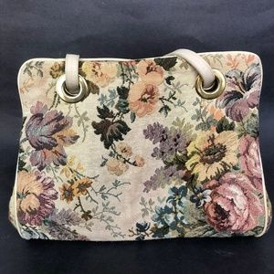 Handbags - Tapestry Purse 1980s with Built in Clutch/ Floral